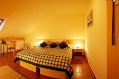 szoba-8